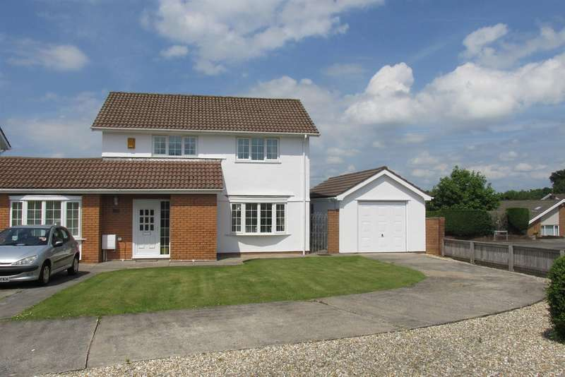 3 Bedrooms Detached House for sale in Plas Cadwgan, Penllergaer, Swansea
