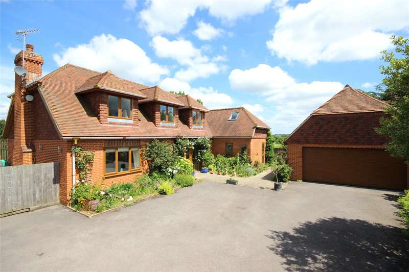4 Bedrooms Detached House for sale in Crows Lane, Upper Farringdon, Alton, Hampshire, GU34
