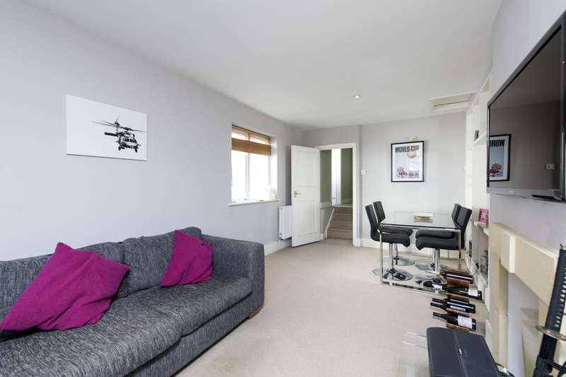 2 Bedrooms Flat for sale in Northcote Road, Battersea, London