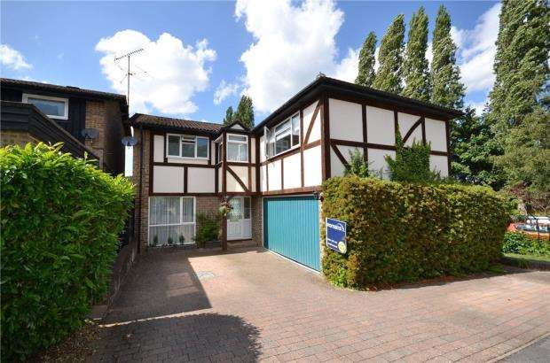 4 Bedrooms Detached House for sale in Cavendish Meads, Sunninghill, Berkshire