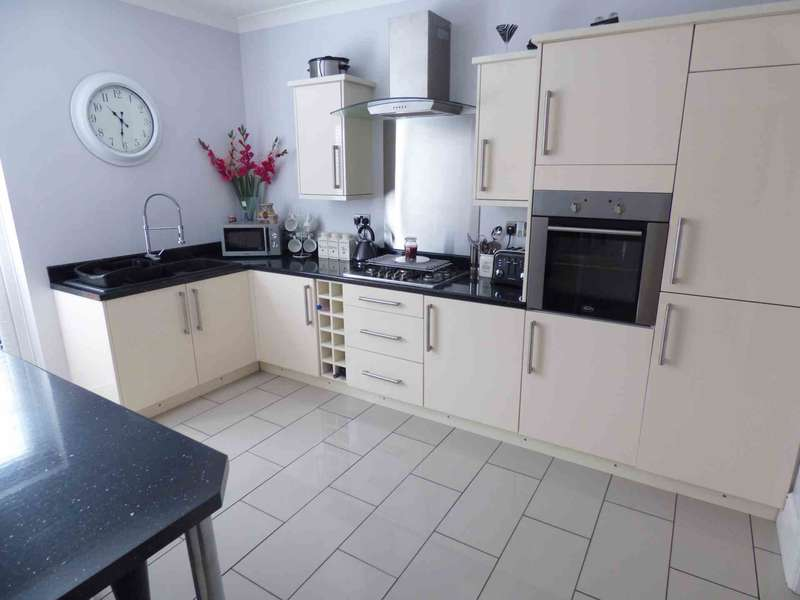 3 Bedrooms Terraced House for sale in ***REDUCED***Rocket Terrace, Redcar