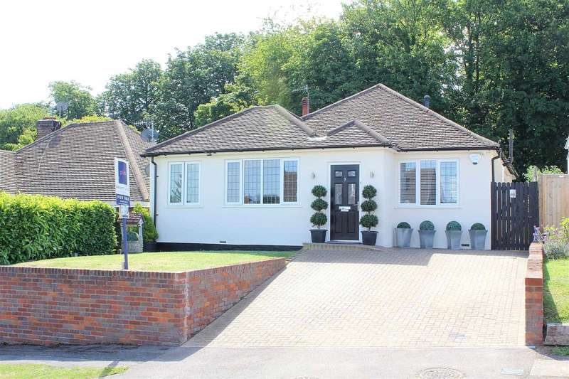 4 Bedrooms Bungalow for sale in LUXURIOUSLY REFURBISHED 4 BED Detached BUNGALOW with ENSUITE to MASTER BEDROOM and GARAGE, Kings Langley