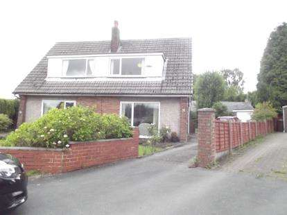 3 Bedrooms Semi Detached House for sale in Deerpark Road, Burnley, Lancashire, BB10