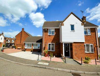 5 Bedrooms Detached House for sale in South Woodham Ferrers, Essex, Uk