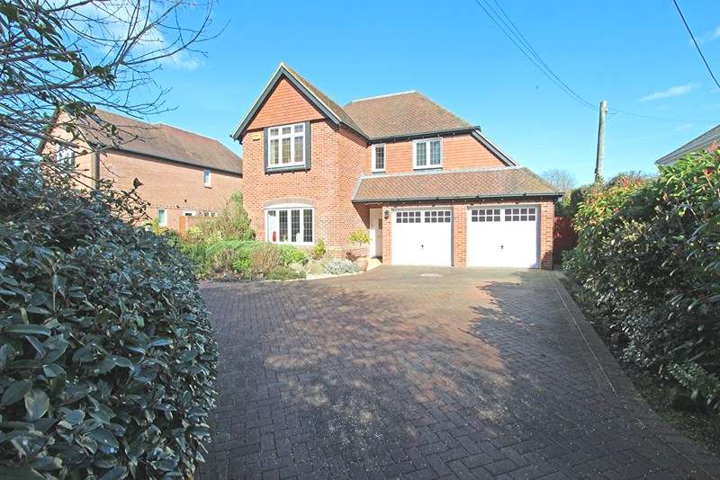 5 Bedrooms Detached House for sale in Moser Grove, Sway, Lymington
