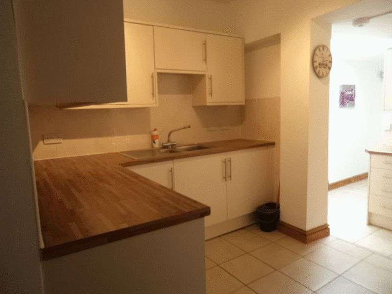 Property for rent in Teignmouth Road - 7 Bed - Great Student Location