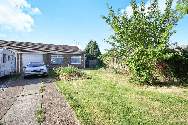 2 Bedrooms Semi Detached Bungalow for sale in Swanley Close, Eastbourne, BN23