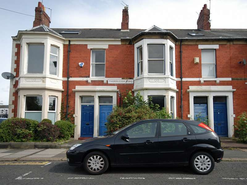 4 Bedrooms Maisonette Flat for sale in Thornleigh Road, Jesmond, Newcastle Upon Tyne