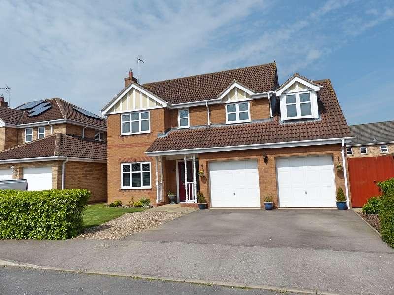 4 Bedrooms Detached House for sale in Alvis Drive, Yaxley, Peterborough, Cambridgeshire. PE7 3AH