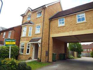 5 Bedrooms Semi Detached House for sale in Chartwell Drive, Maidstone, Kent