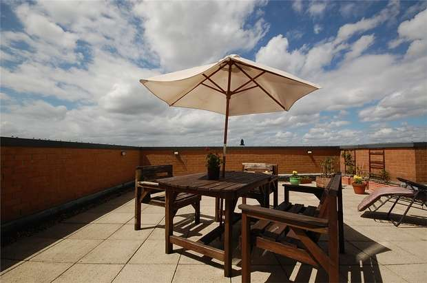 2 Bedrooms Flat for sale in Jefferson Place, 1 Fernie Street, Manchester