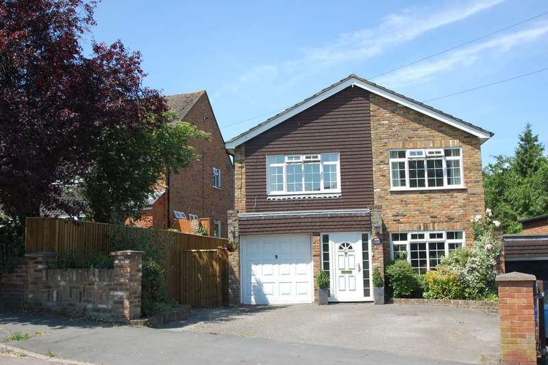 4 Bedrooms Detached House for sale in Deanway, Chalfont St Giles, HP8