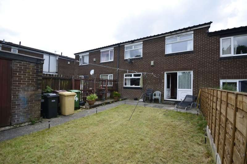 2 Bedrooms Semi Detached House for sale in Burnham Walk, Farnworth, Bolton, BL4