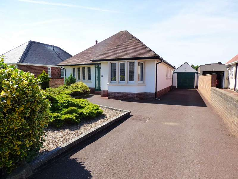 2 Bedrooms Detached Bungalow for sale in Newbury Road, St Annes