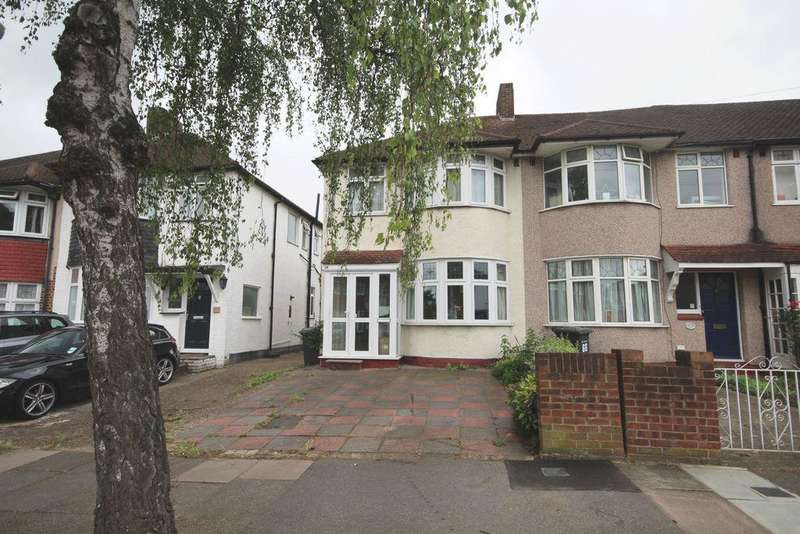 3 Bedrooms Semi Detached House for sale in Datchet Road, Catford, SE6