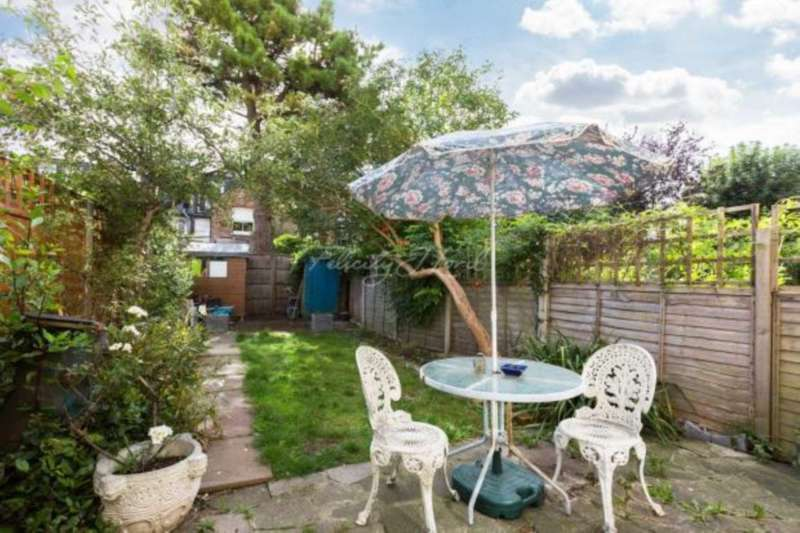 3 Bedrooms Cottage House for sale in Riverview Road, Chiswick