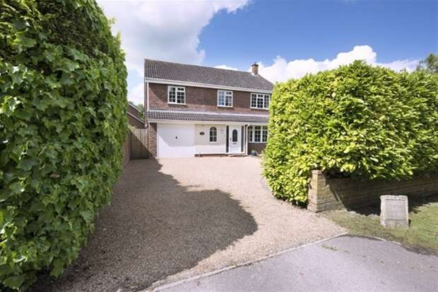5 Bedrooms Detached House for sale in Clivey, Dilton Marsh, Westbury