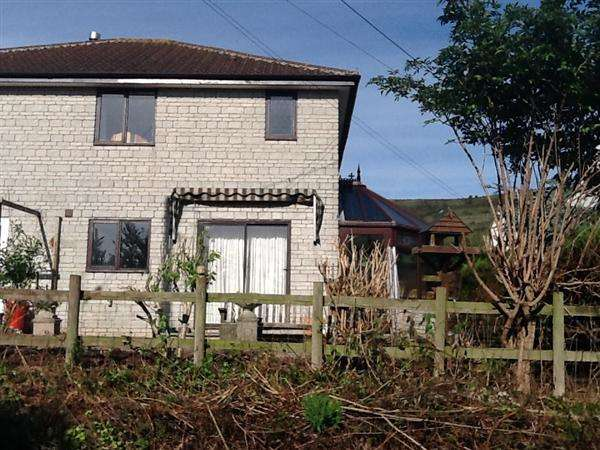 3 Bedrooms Semi Detached House for sale in Big Tree Close, Compton Bishop, Axbridge