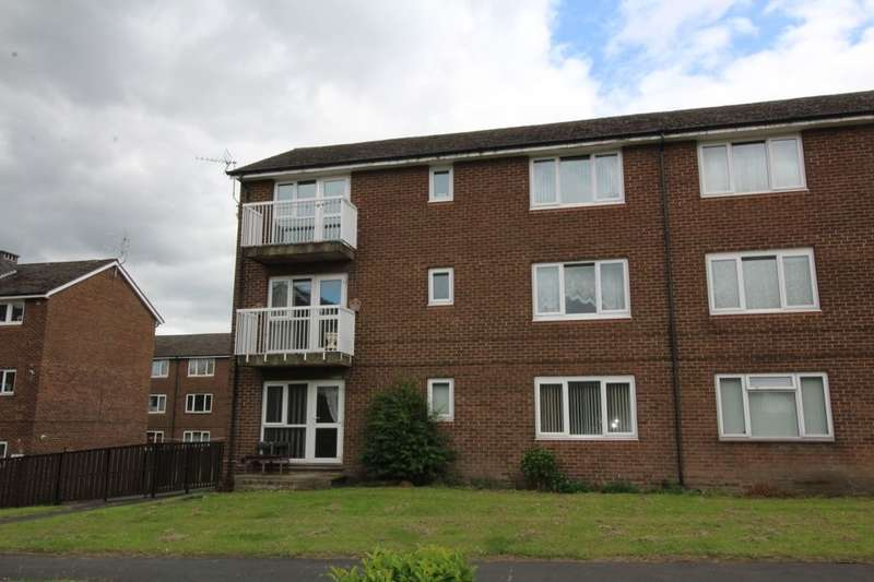 2 Bedrooms Flat for sale in Skelton Walk, Sheffield, S13