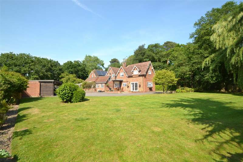 3 Bedrooms Semi Detached House for sale in Stanlake Lane, Ruscombe, Berkshire, RG10