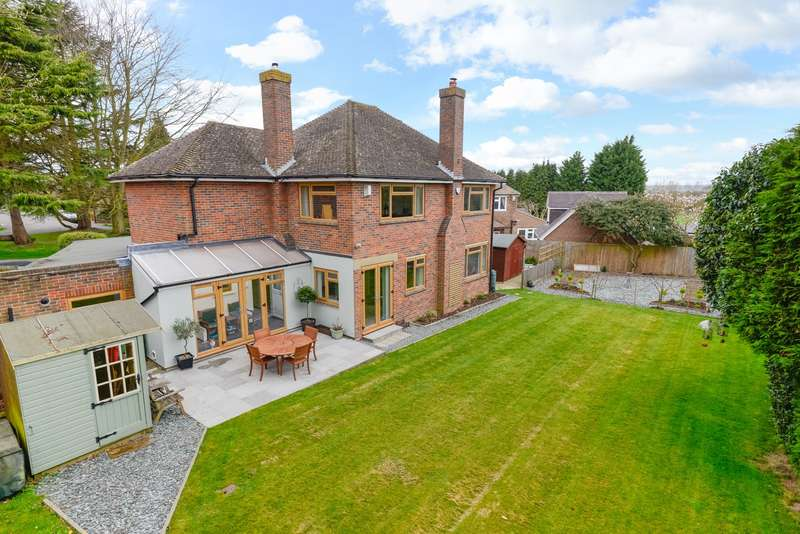 4 Bedrooms Detached House for sale in Salts Avenue, Loose, Maidstone, ME15