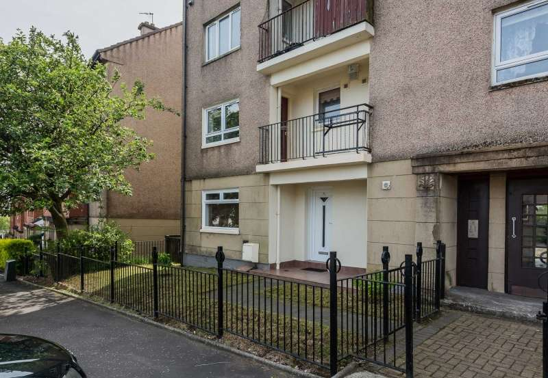 4 Bedrooms Flat for sale in Craigpark Street, Clydebank, West Dunbartonshire, G81 5BS