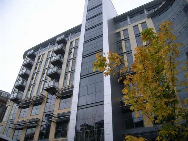 1 Bedroom Flat for sale in 11 Waterloo Square, Newcastle upon Tyne, Tyne and Wear