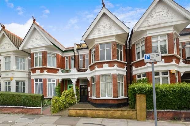 4 Bedrooms Maisonette Flat for sale in Heber Road, Willesden Green, London