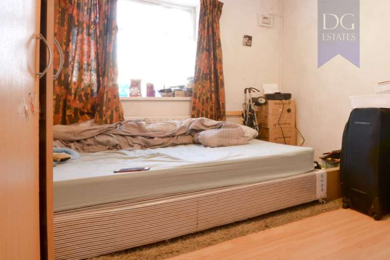 2 Bedrooms Flat for sale in Wood Green, Wood Green