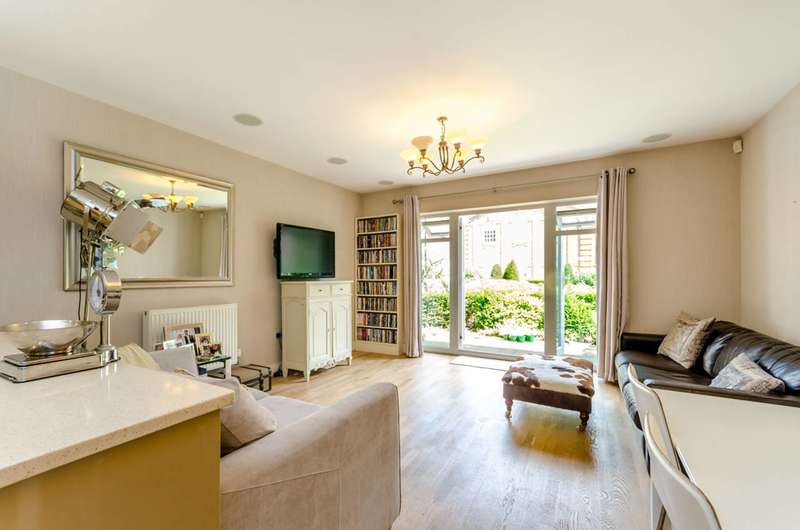 3 Bedrooms House for sale in Vitali Close, Roehampton, SW15