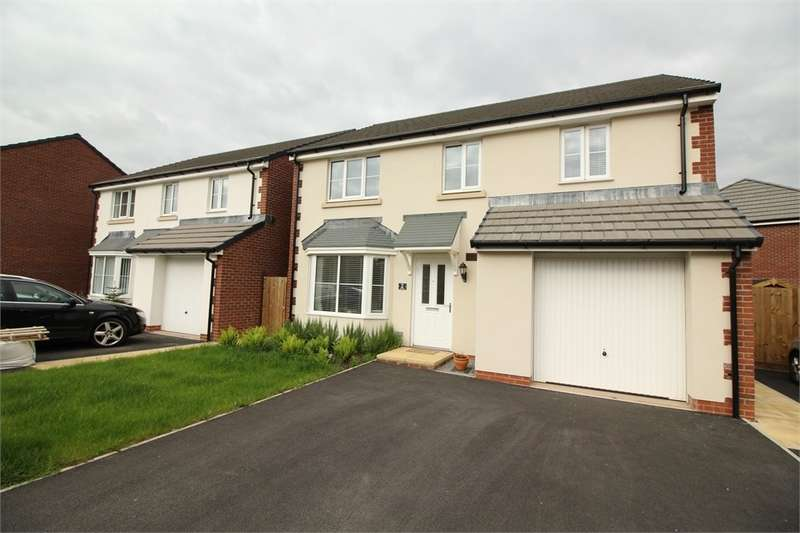 4 Bedrooms Detached House for sale in Park Way, Rogerstone, NEWPORT, NP10