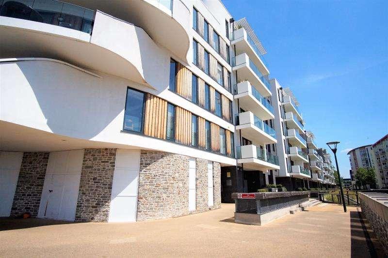 2 Bedrooms Apartment Flat for rent in Invicta, Millennium Promenade, Harbourside, BS1 5SY