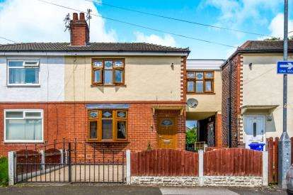 3 Bedrooms Semi Detached House for sale in Beech Avenue, Denton, Manchester, Greater Manchester