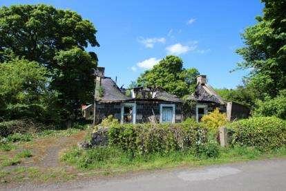 4 Bedrooms Detached House for sale in Craigbank, Avonbridge