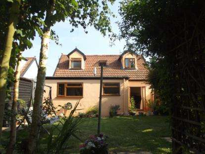 4 Bedrooms Detached House for sale in Sible Hedingham, Halstead