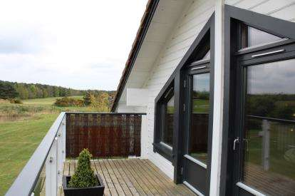 2 Bedrooms Detached House for sale in Caldecott Hall, Fritton, Great Yarmouth