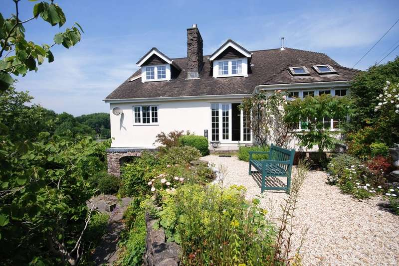 3 Bedrooms Detached House for sale in The Rhiw, Graig Penllyn, Near Cowbridge, Vale of Glamorgan, CF71 7RS