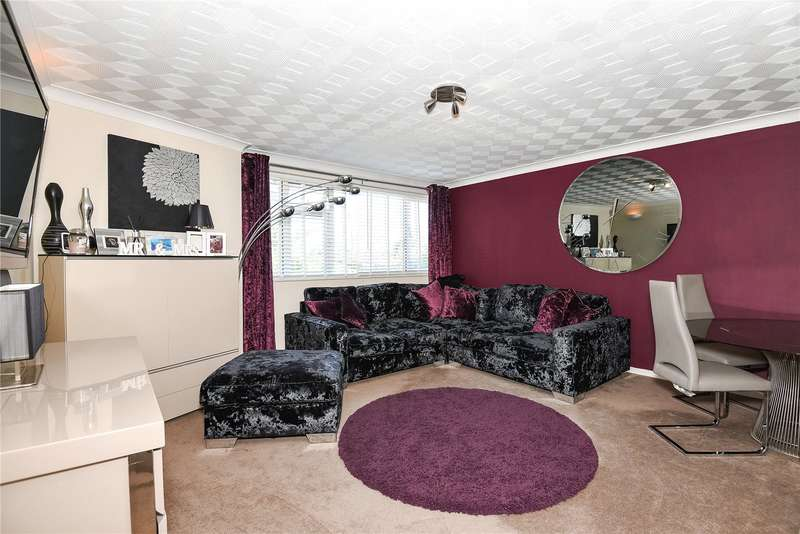 2 Bedrooms Apartment Flat for sale in North Orbital Road, Denham, Buckinghamshire, UB9
