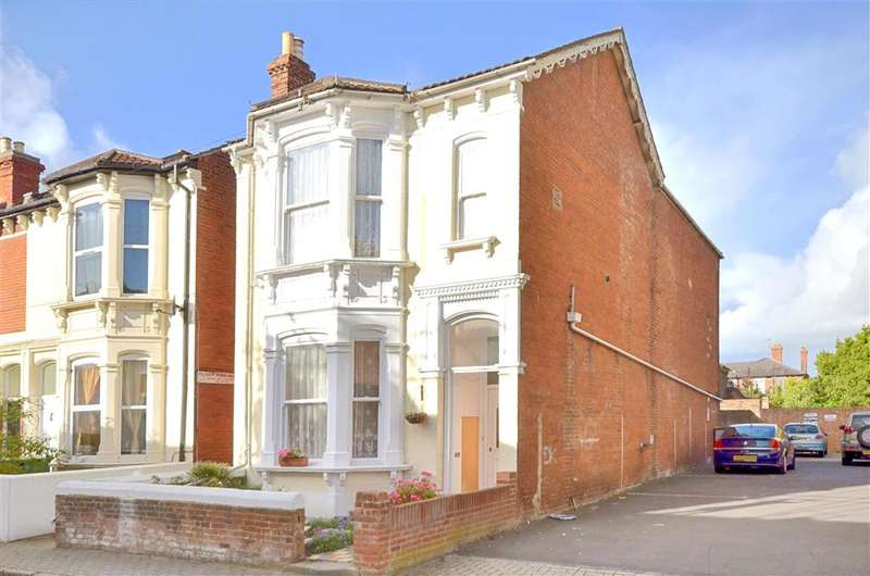 5 Bedrooms Detached House for sale in Pelham Road, Southsea, Hampshire