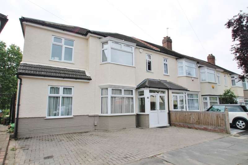 4 Bedrooms End Of Terrace House for sale in WARREN ROAD, BARKINGSIDE