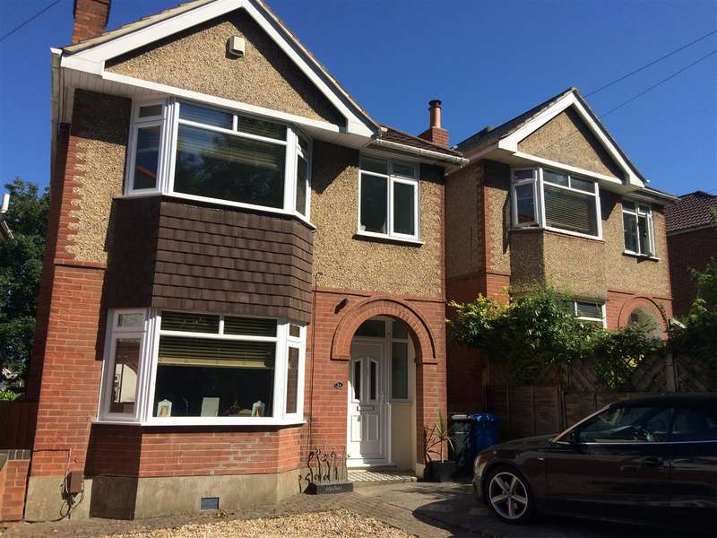 3 Bedrooms Detached House for sale in Branksome