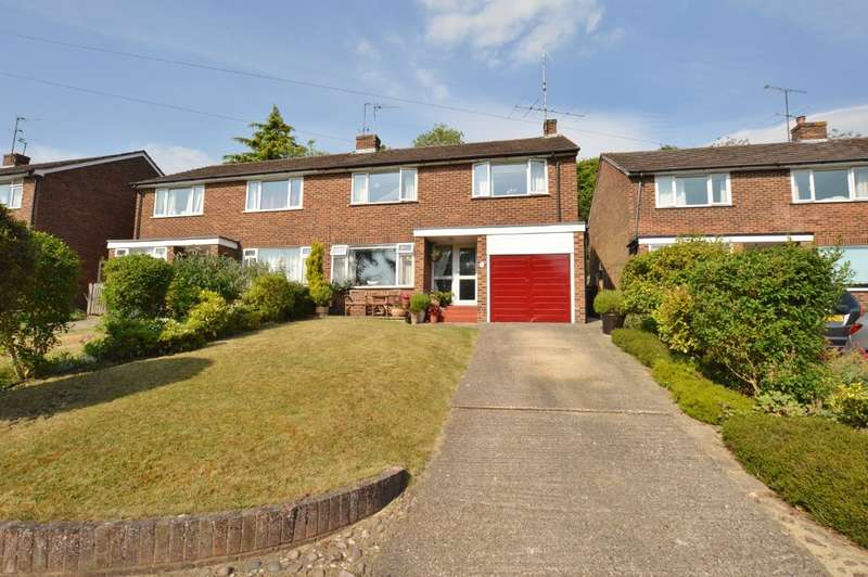4 Bedrooms Semi Detached House for sale in Valley View, Chesham, HP5