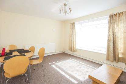 2 Bedrooms Flat for sale in 42 Church Road, London, Na