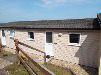 3 Bedrooms Bungalow for sale in Torquay Road, Shaldon