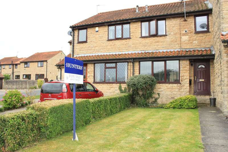 3 Bedrooms Terraced House for sale in Manor Road, Tadcaster, LS24 8HP