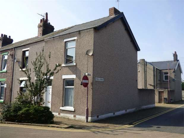 2 Bedrooms End Of Terrace House for sale in Clive Street, Barrow-in-Furness, Cumbria