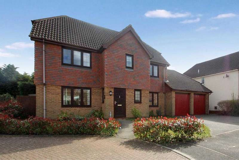 4 Bedrooms Detached House for sale in Friends Walk, Kesgrave, Ipswich