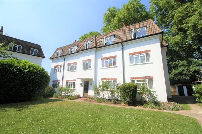 2 Bedrooms Flat for sale in Dainton Close, Bromley