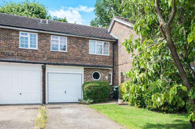 3 Bedrooms Terraced House for sale in Epsom, Surrey, Engalnd
