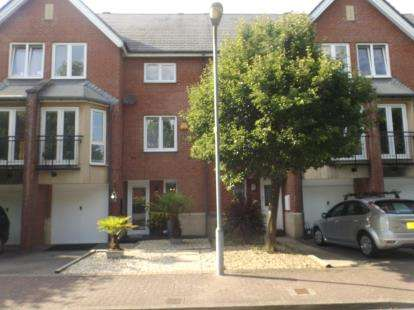 4 Bedrooms Link Detached House for sale in Barquentine Place, Cardiff, Caerdydd, Cardiff Bay